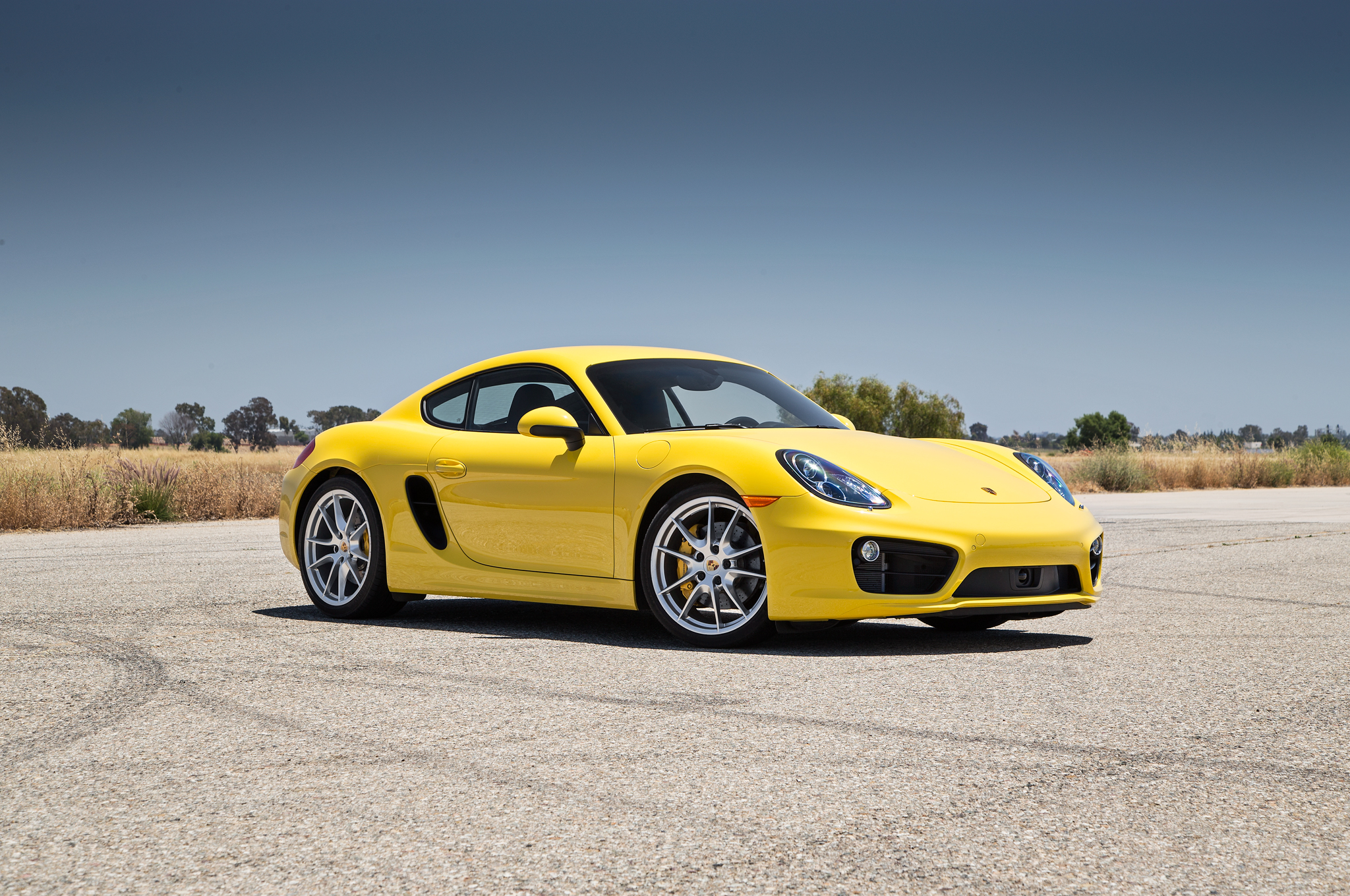 2014-Porsche-Cayman-S-front-three-quarters.jpg